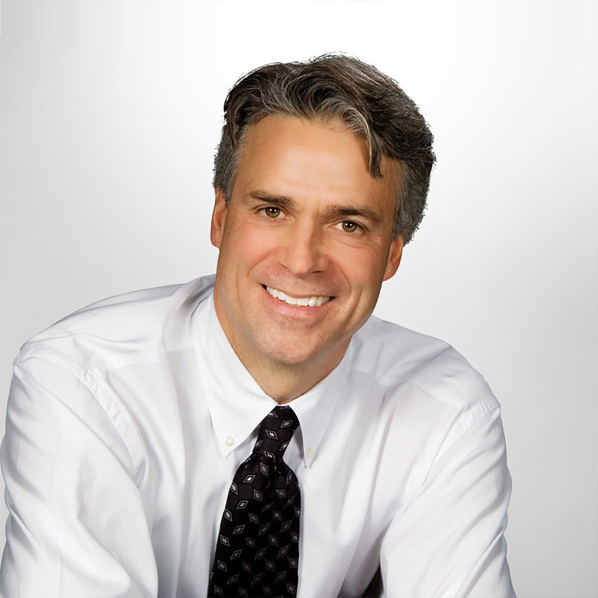 Dr. Peter Harnois provides state-of-the art minimally invasive dentistry - DenMat Lab produces the beautiful, natural result
